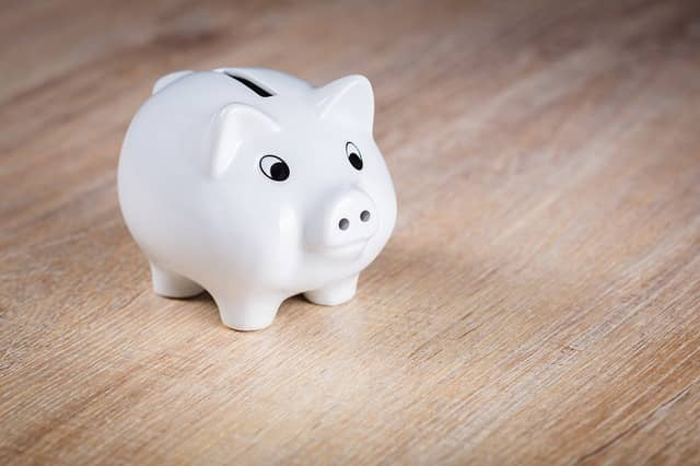 Bankovní vs nebankovní půjčky aneb jak je na tom konkureční souboj