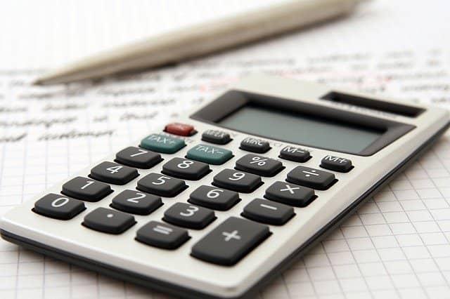 Kdy si nepůjčovat finance aneb nespadněte do propasti